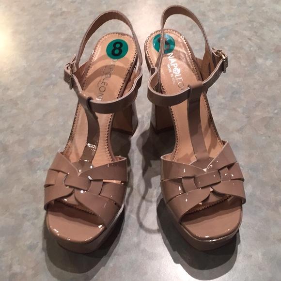 Napoleon tan leather patent sandals